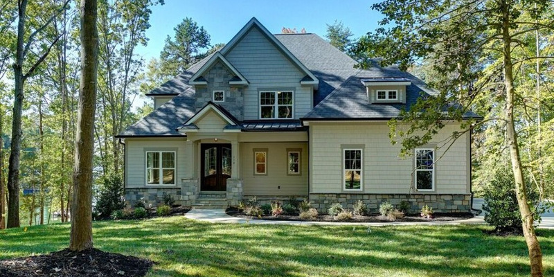 Custom Homes in Lake Norman, North Carolina